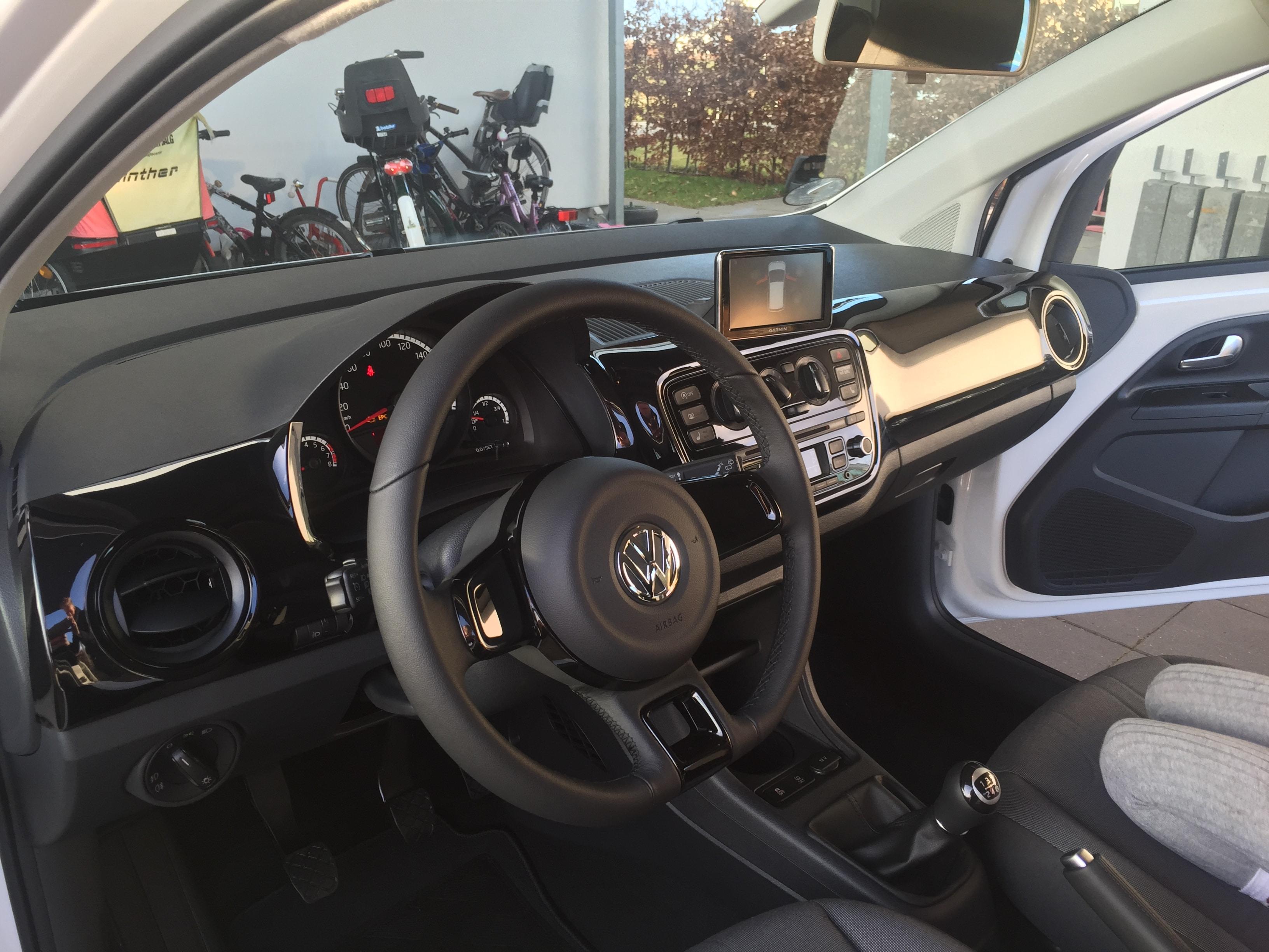 Test: Seat Mii/Vw Up/Skoda Citigo vs. Hyundai i10 som pendlerbil på motorvej | Livets små ting