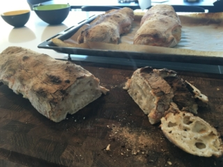Ciabattabrød ciabatta bread recipe italienske brød opskrift thaimad thairet lækkert mad fra thailand garlic paste karry rød grøn