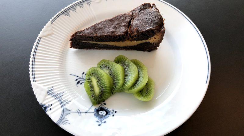 brownie med karamel karamelmidte caramel lækker brownie god opskrift