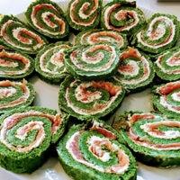 lakseroulade med spinat opskrift roulade med laks og spinat god opskrift på smøreost