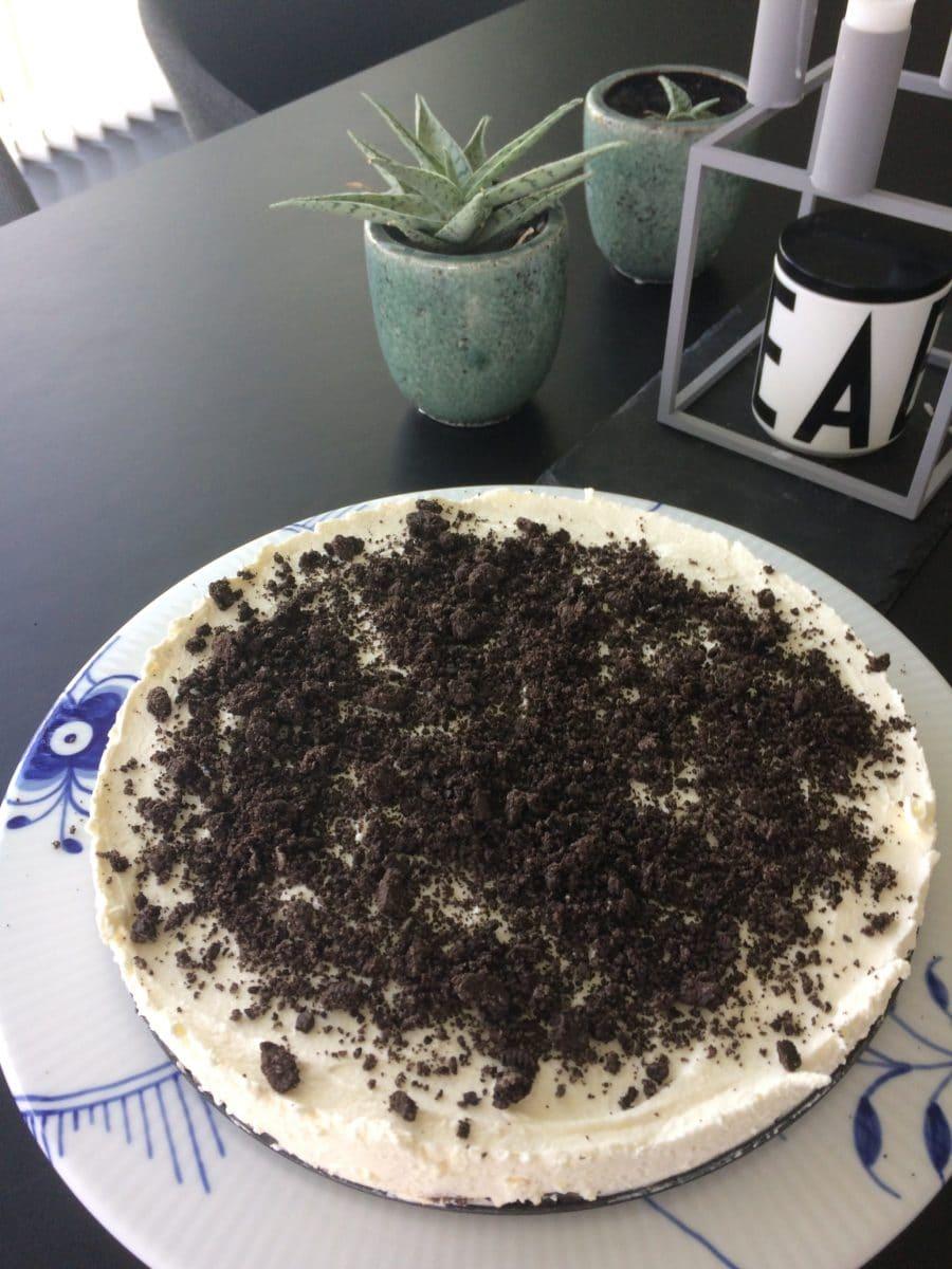 Cheesecake med Oreo eller Oreos lækker opskrift god dessert