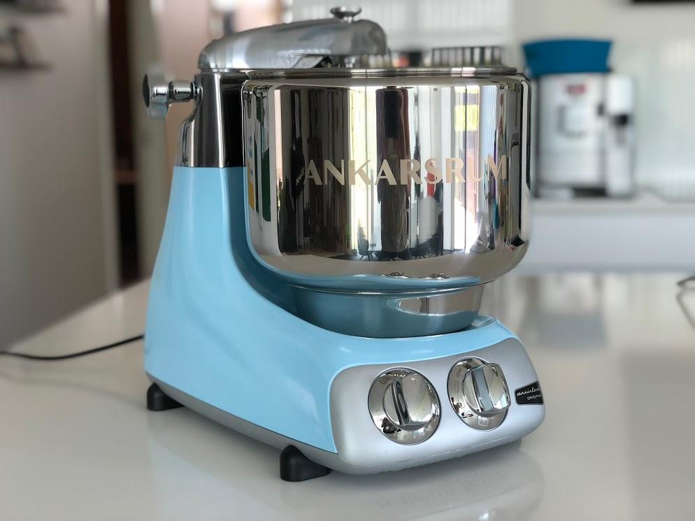 test af ankarsrum assistent anmeldelse ankersrum assistenten køkkenmaskine røremaskine dejrøre er den god