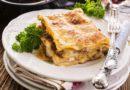 Ægte italiensk lasagne med klassisk kødsauce og bechamelsauce (opskrift)