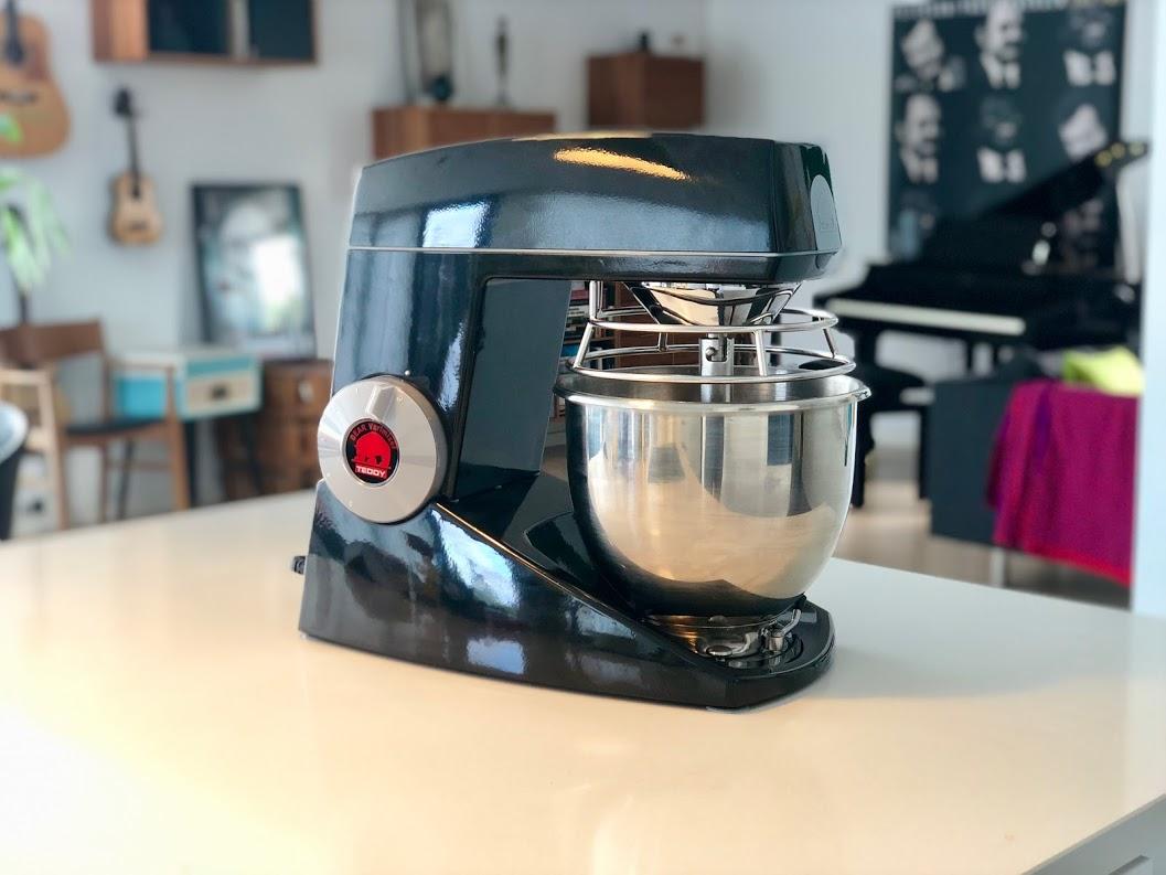 Test af Teddy Bjørn Varimixer anmeldelse review video ekstra udstyr erfaring pengene værd bedst i test tænk bedste køkkenmaskine røremaskine