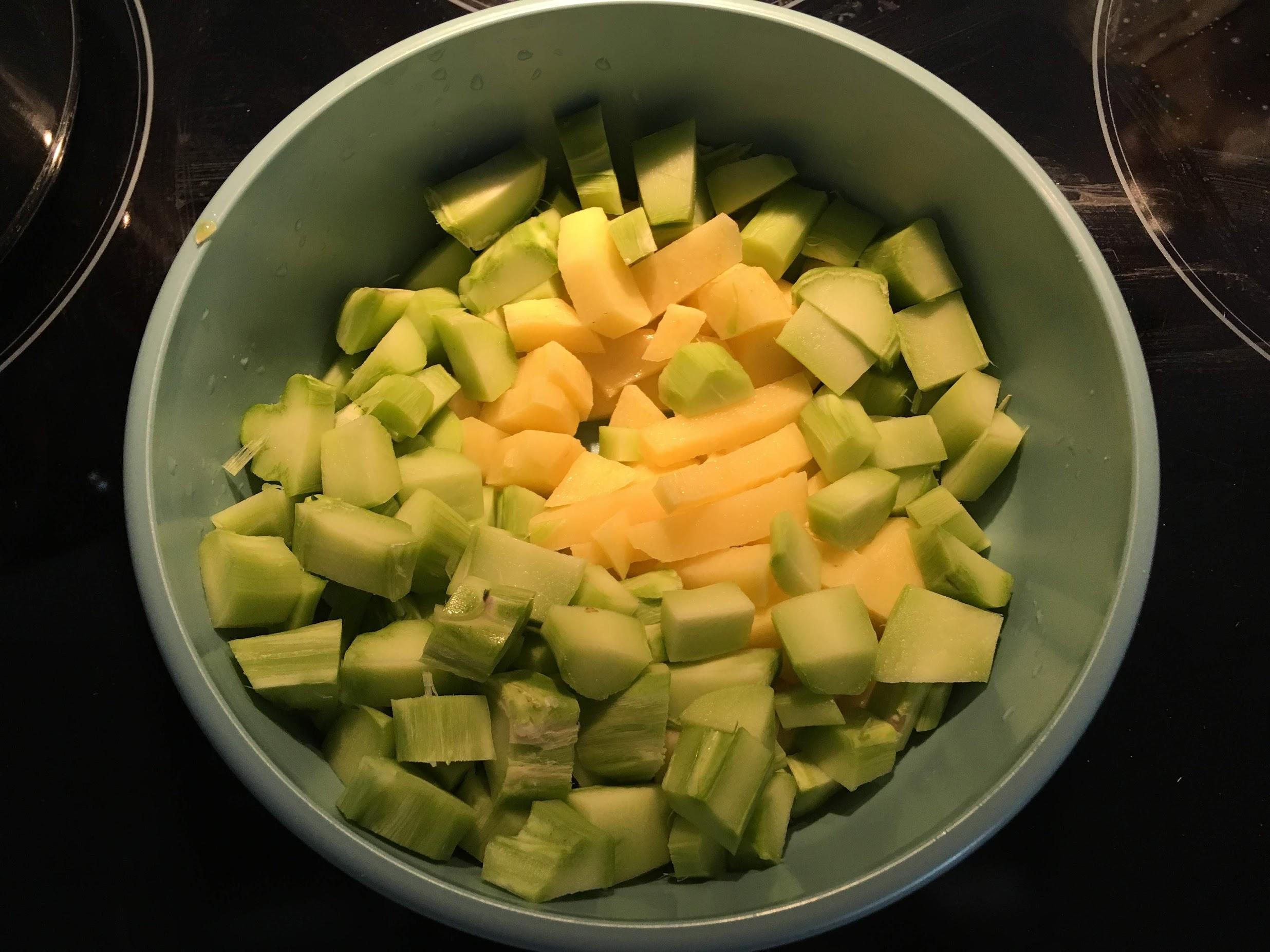broccoli kartoffel suppe kartoffel og brocoli suppe lækker sund suppe efterår god med bacon og fløde