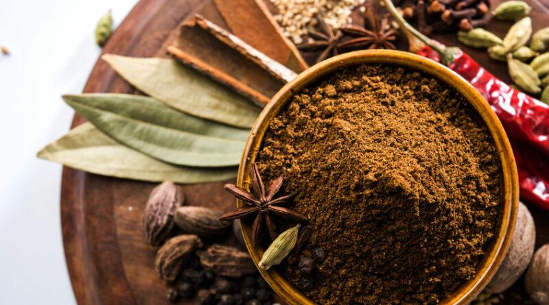 garam masala opskrift på hjemmelavet garammasala hvordan laver man indisk krydderi hvad er der i garam masala