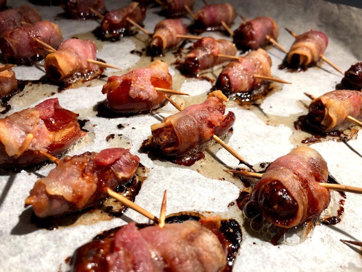 opskrift dadler med baconsvøb dadler med bacon om dadler gode tips tapas bord
