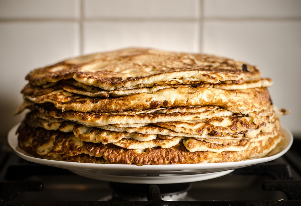 Pandekage opskrift pandekager opskrift med kardemomme gammeldags pandekager med is hjemmelavede sådan laver du hvordan laver man pandekagedej