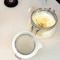 hjemmelavet aioli med hvidløg og chili stavblender opskrift sådan laver man aioli hvordan laver man hjemmelavet aiola