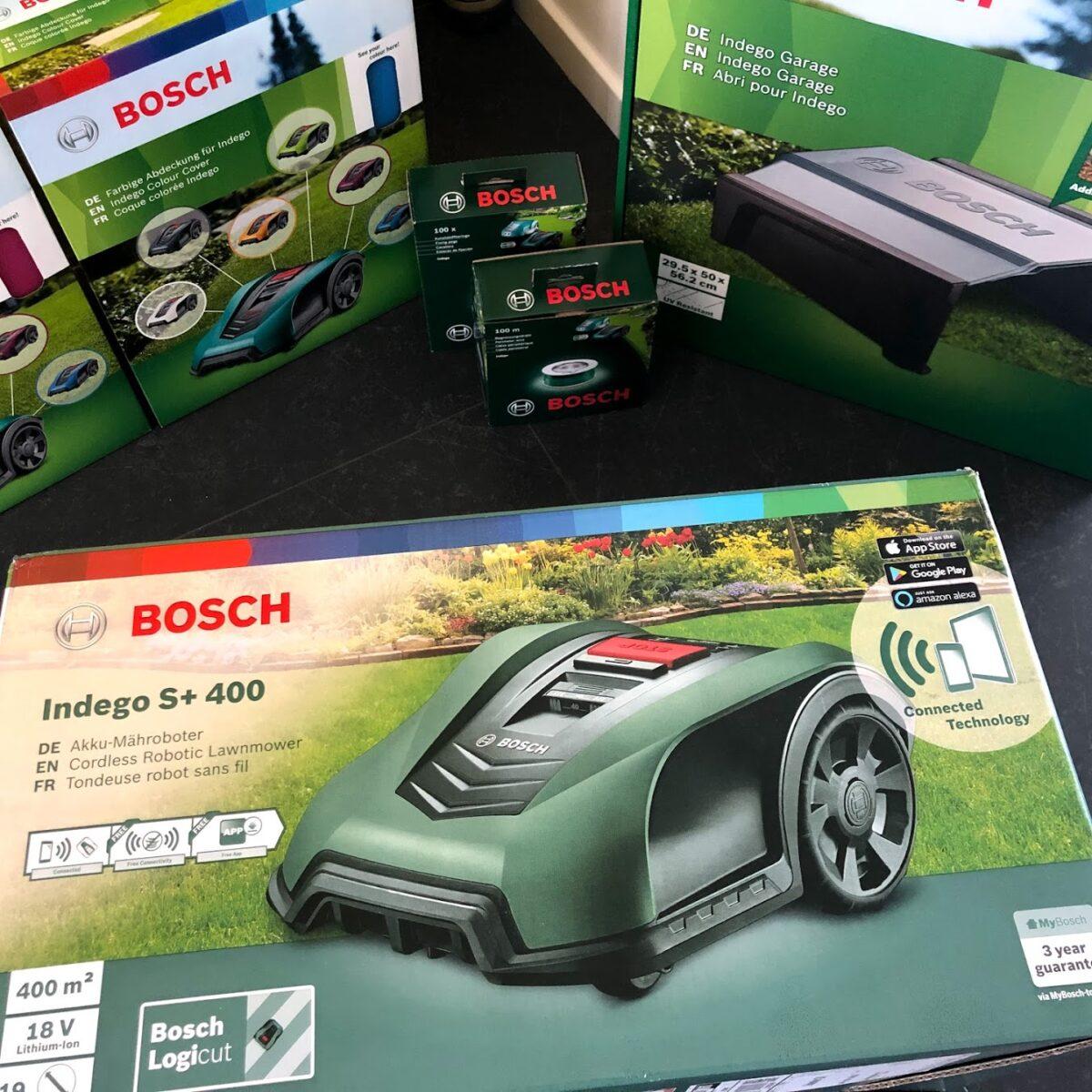 Test af Bosch Indego 400 connect s+ s+400 erfaring test anmeldelse review garage virker god robotplæneklipper støjniveau lydniveau