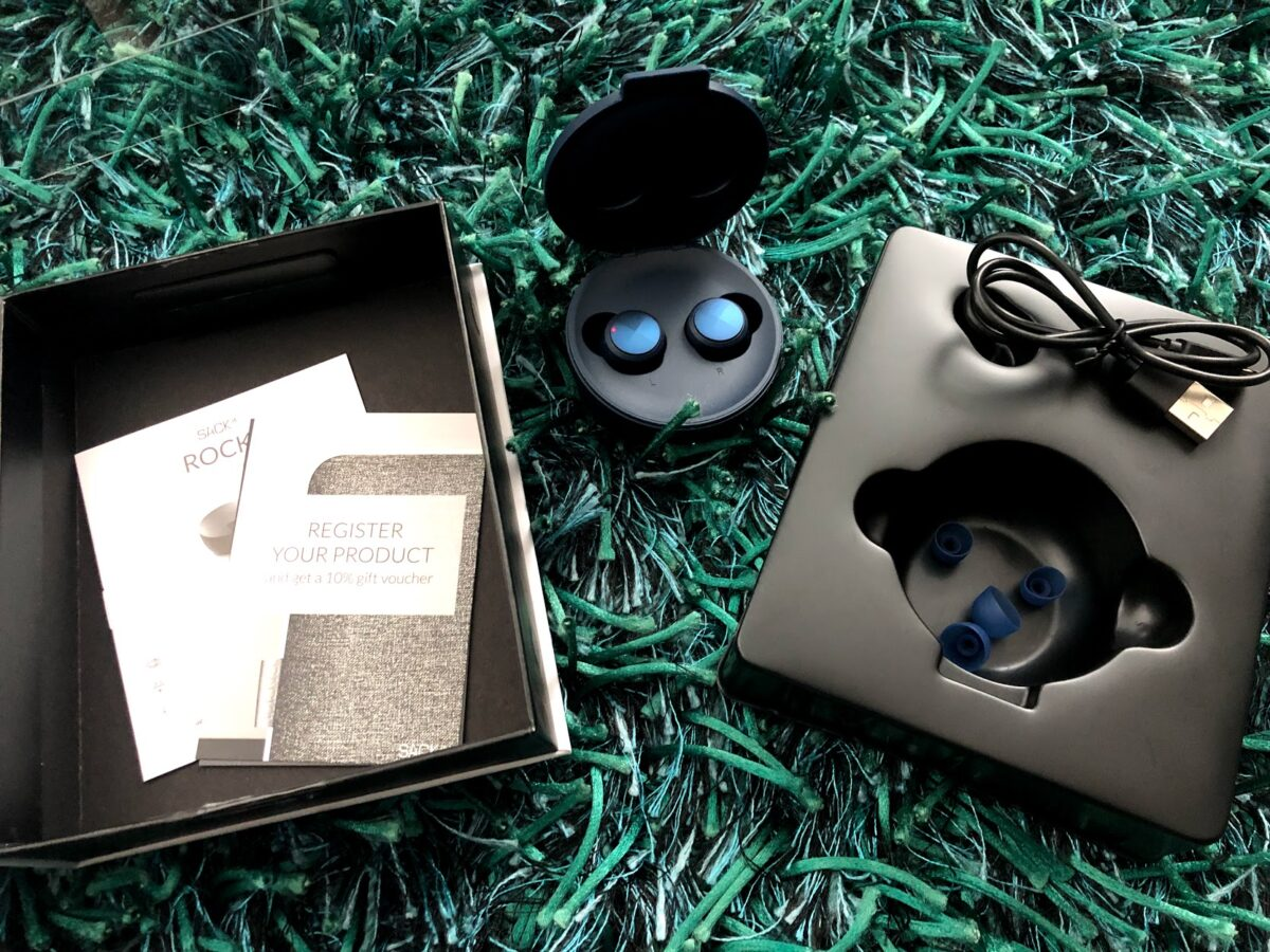 test af Sackit ROCKit headphones høretelefoner test anmeldelse af erfaring batteritid lydkvalitet