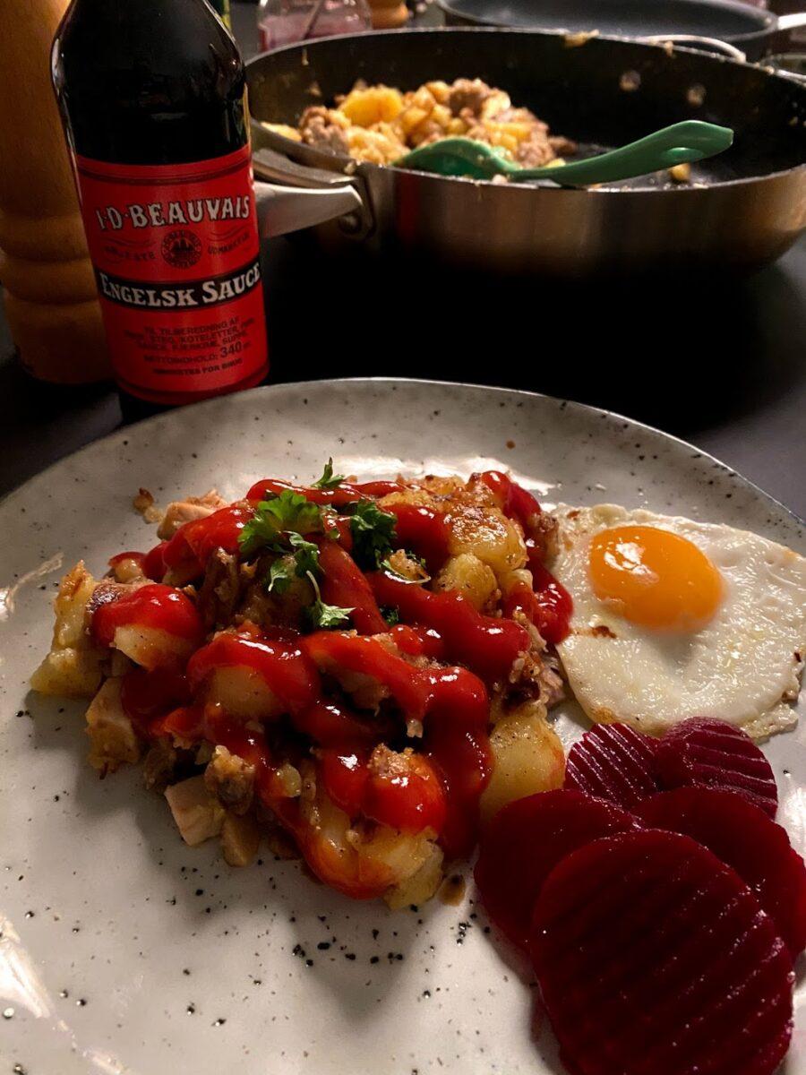 opskrift biksemad med spejlæg pyttipanne pyttipanna ketchup rasmus klump biks skæg hjemmelavet biskemad engelsk sauce