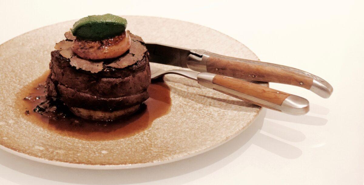 Tournedos Rossini opskrift mørbrad oksemørbrad med foie gras ærtepure timian kartofler opskrifter bedste hvordan laver man