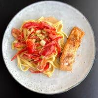 stegt laks med frisk pasta opskrift i ovn pande