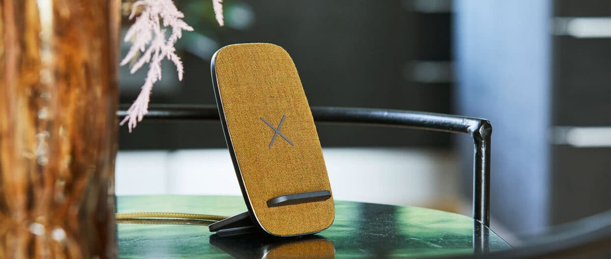 CHARGEIT Stand Dock by SACKit.dk