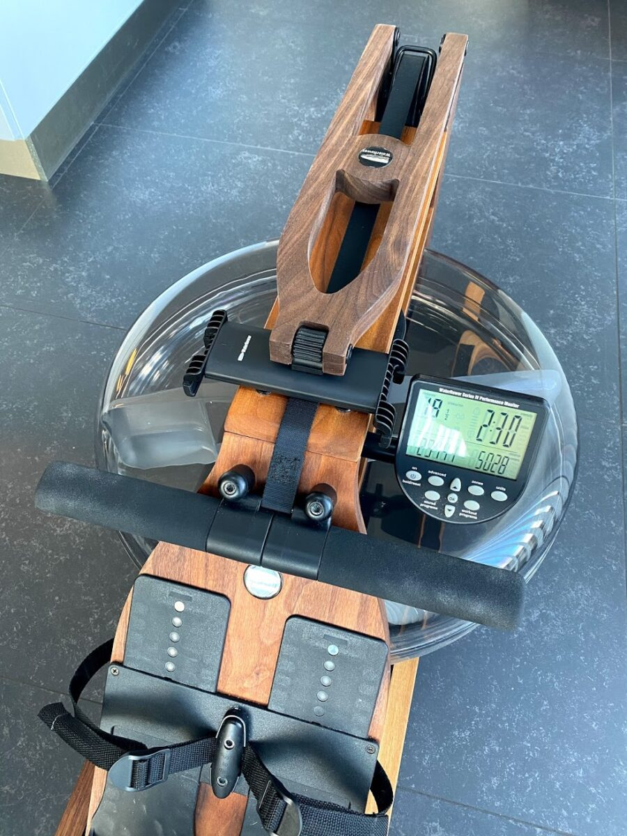 Waterrower S4 Classic Walnut test af erfaring med er den god hvilken romaskine skal jeg købe larmer den lydsvag lydløs vand