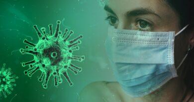 Coronavirus og symptomer manglende smag og lugt lugtesans forsvundet kan ikke smage eller lugte covid19