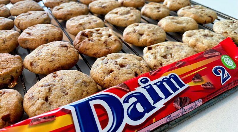 opskrift daim cookies småkager med daimstykker
