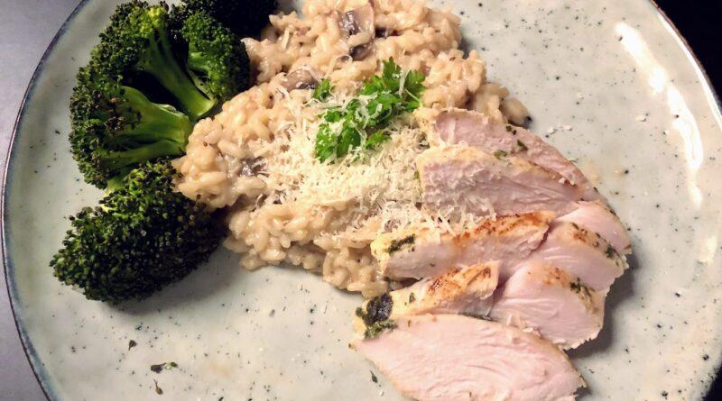 Risotto med svampe og kylling parmesan parmasan ost risoto rissotto.